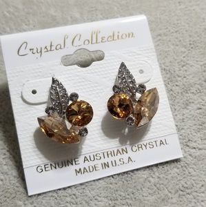 Fall stud earring